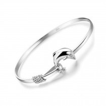 Eye-Catching Dolphin Love Silver Plated Bracelet Bangle Charm Bracelets
